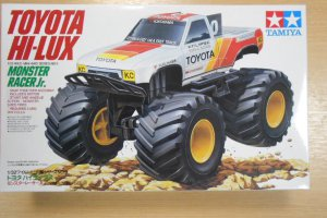 17009 TOYOTA HI-LUX JUNIOR MONSTER RACER