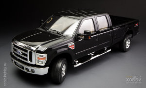 CS-001 Автомобиль Ford F-350 Super Duty Crew CAB