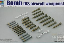 03307 US Aircraft Weapons - Bombs 1\32