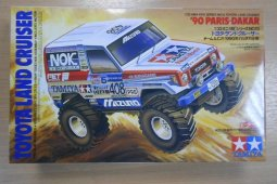 19013 1/32 TOYOTA LAND-CRUISER 90 PARIS-DAKAR